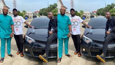 Photo of Davido Buys Brand New Toyota Camry For A Member Of His Crew